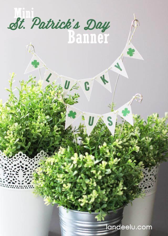 DIY Mini St. Patrick's Day Banner