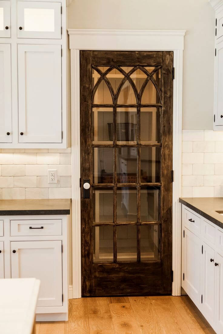 Intertwined Gothic Lattice Glass Pantry Door