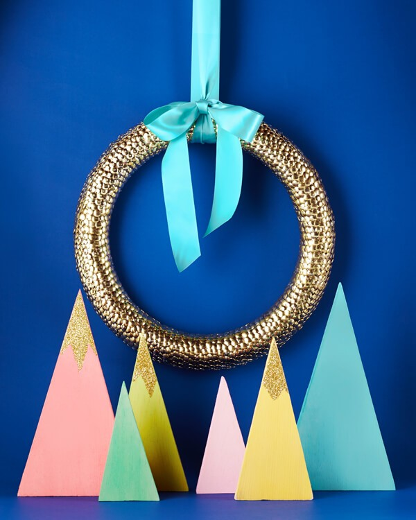 Creatively Cute Gold String Lights